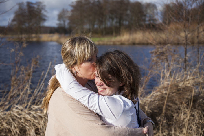 loveshoot, amsterdam noord, twiske, fotoshoot stelletje, bmoments