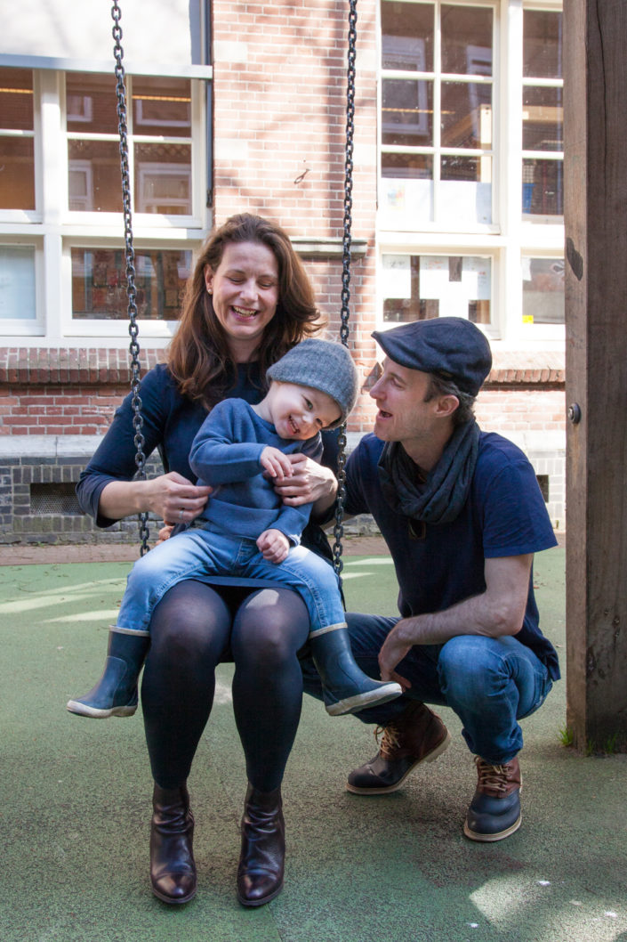 familie fotografie, gezinsfotografie, gezin, kind, fotoshoot, ongeposeerd, amsterdam, bmoments