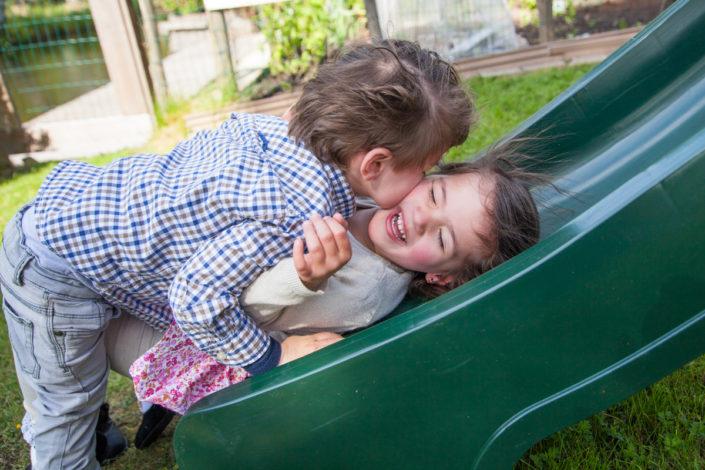 familiefotografie, gezin, fotografie, kinderen, ongeposeerd, bmoments, oostzaan