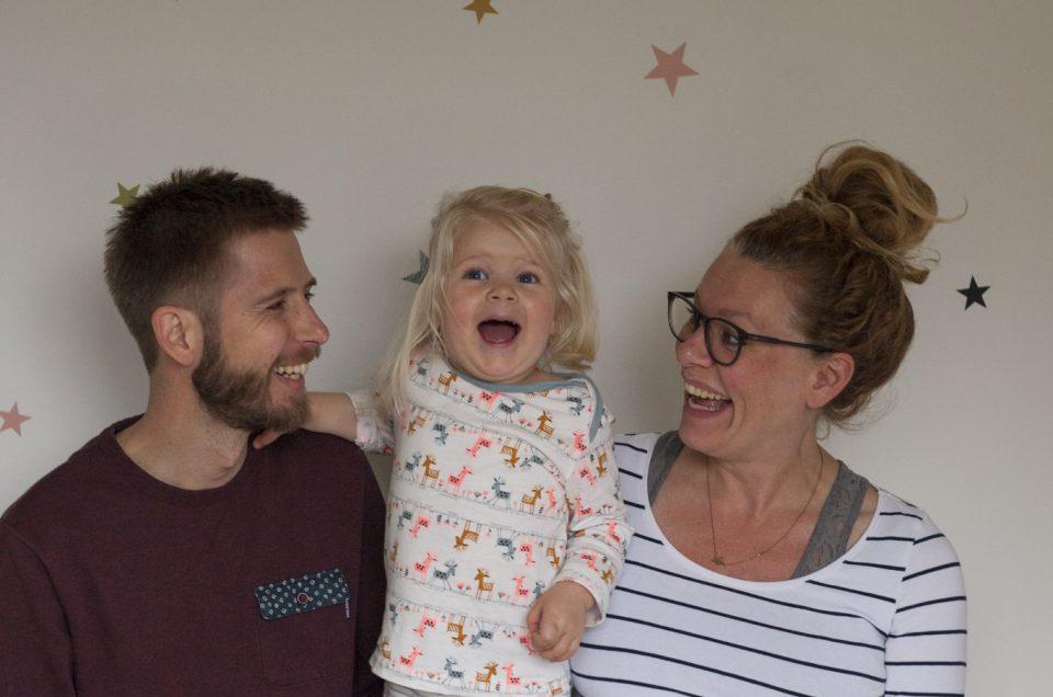 Lifestyle zwangerschap fotoshoot thuis