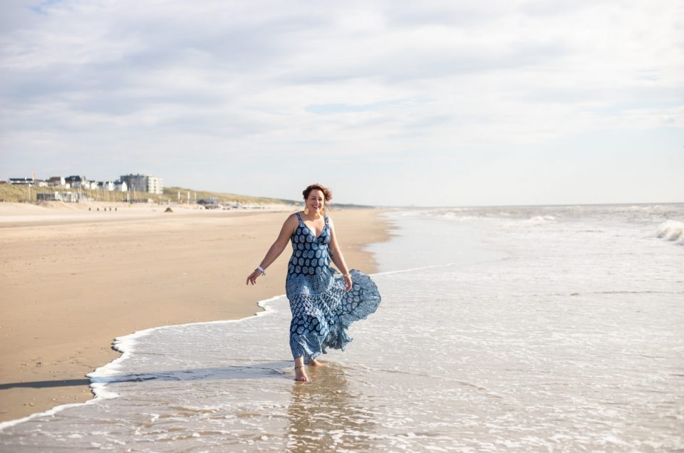 Spirituele sessie op het strand